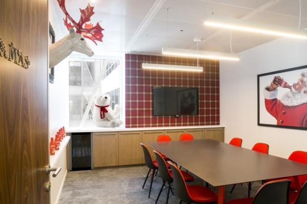 Conseilsdeco-coca-cola-bureaux-studios-architecture-intérieur-decoration-tertiaire-deco-09
