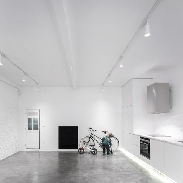 Conseilsdeco-Anjos-Loft-minimalisme-formation-architecte-interieur-universite-Lisbonne-Joao-Tiago-Aguiar-rehabilitation-usine-Portugal-02
