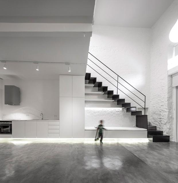 Conseilsdeco-Anjos-Loft-minimalisme-formation-architecte-interieur-universite-Lisbonne-Joao-Tiago-Aguiar-rehabilitation-usine-Portugal-04