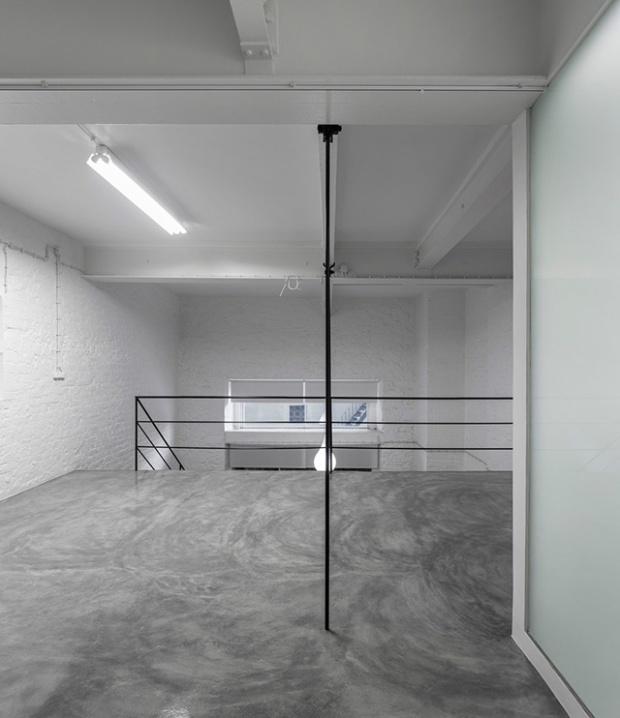 Conseilsdeco-Anjos-Loft-minimalisme-formation-architecte-interieur-universite-Lisbonne-Joao-Tiago-Aguiar-rehabilitation-usine-Portugal-09