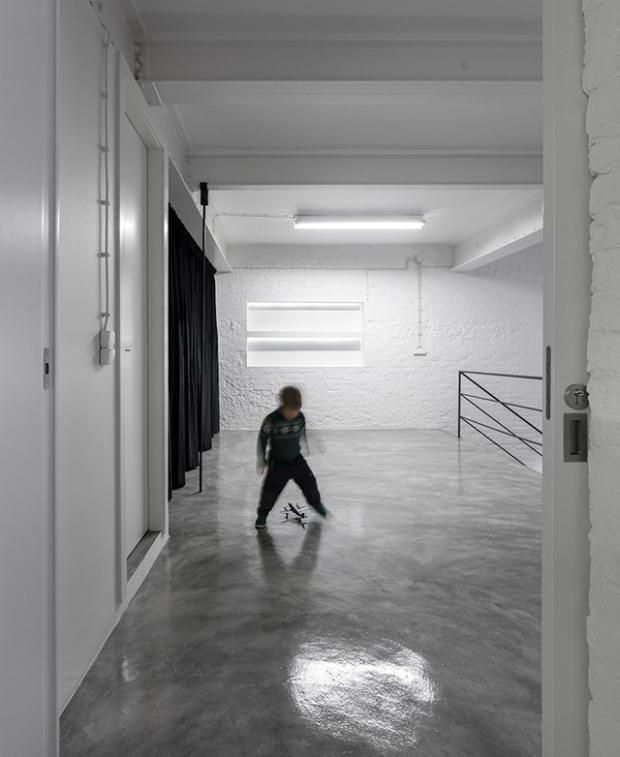 Conseilsdeco-Anjos-Loft-minimalisme-formation-architecte-interieur-universite-Lisbonne-Joao-Tiago-Aguiar-rehabilitation-usine-Portugal-13