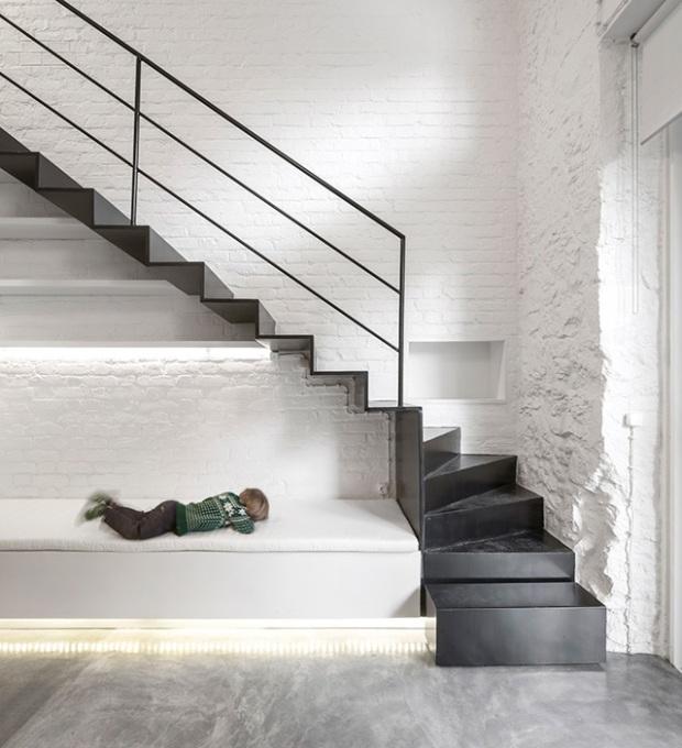 Conseilsdeco-Anjos-Loft-minimalisme-formation-architecte-interieur-universite-Lisbonne-Joao-Tiago-Aguiar-rehabilitation-usine-Portugal-15