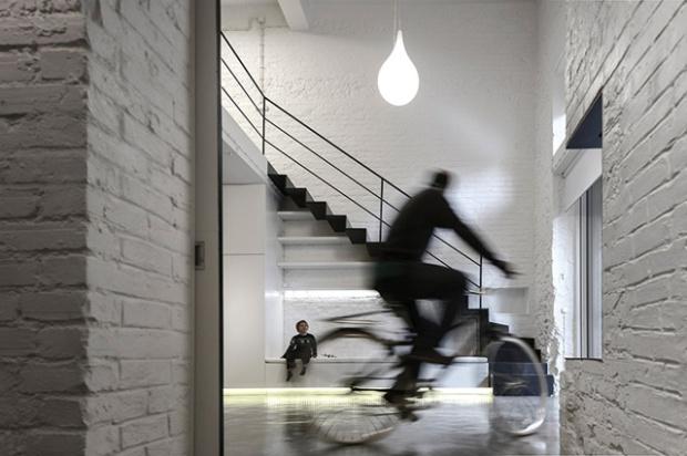 Conseilsdeco-Anjos-Loft-minimalisme-formation-architecte-interieur-universite-Lisbonne-Joao-Tiago-Aguiar-rehabilitation-usine-Portugal-17
