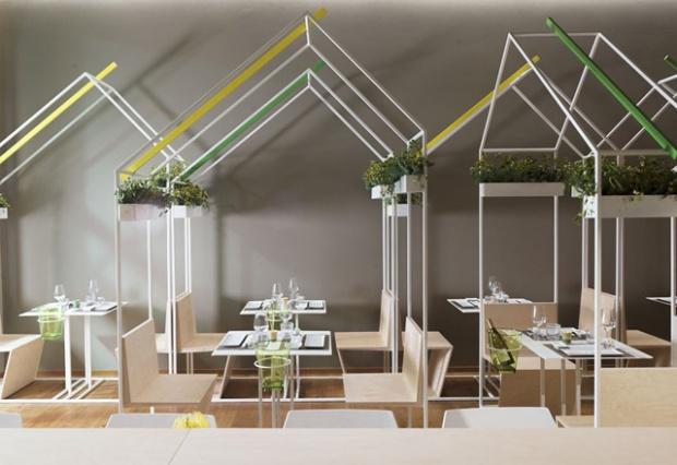 Conseilsdeco-marches-Pescara-Italie-studio-zero85-amenagement-interieur-Casamaki-sushi-bar-Tokyo-architectes-verticalite-nature-01