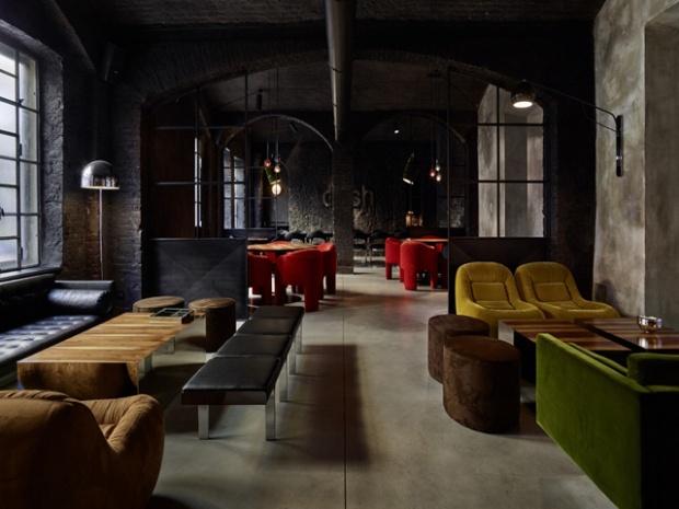 Conseilsdeco-Dash-Kitchen-restaurant-Turin-Fabio-Fantolino-industriel-04