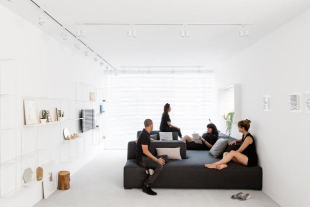 conseilsdeco-yael-perry-dafna-gravinsky-architecte-amir-navon-interieur-appartement-tel-aviv-minimale-monochrome-itay-benit-01