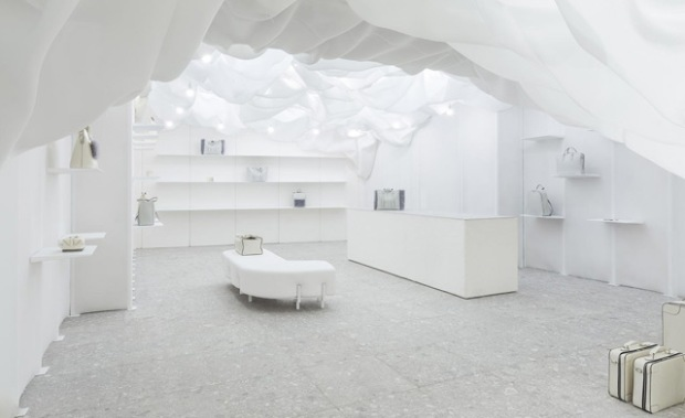 conseilsdeco-monochrome-deco-decoration-boutique-valextra-snarkitecture-interieur-sisto-legnani-cappelletti-05
