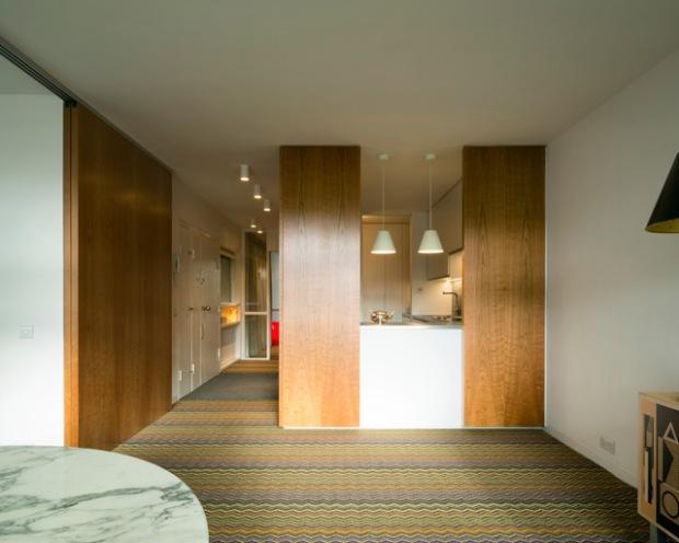 conseilsdeco-renovation-studio-architecture-interieur-azman-architects-londres-bois-cerisier-tapis-mobilier-style-appartement-visite-conseils-deco-03