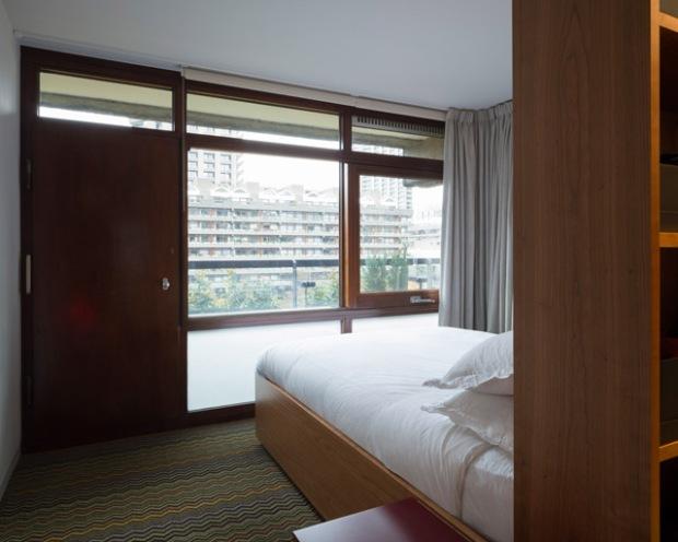 conseilsdeco-renovation-studio-architecture-interieur-azman-architects-londres-bois-cerisier-tapis-mobilier-style-appartement-visite-conseils-deco-06