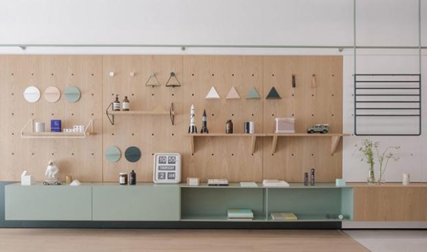 un immense mur modulable pour faire vivre son int rieur conseils d co. Black Bedroom Furniture Sets. Home Design Ideas