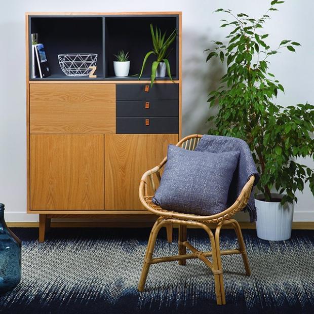 Le retour du mobilier 70s et notamment du rotin était une tendances très présente sur le salon ici une chaise éditée par zago