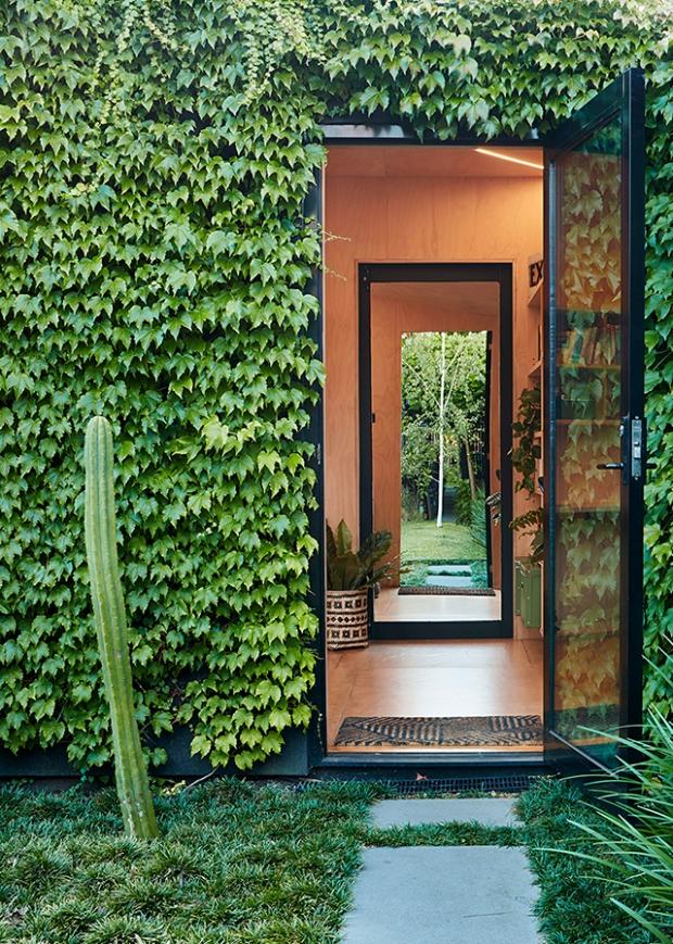 Conseilsdeco-deco-decoration-conseil-architecture-interieur-dependance-Melbourne-Matt-Gibson-cabane-jardin-bureau-materiaux-naturels-vegetale-03