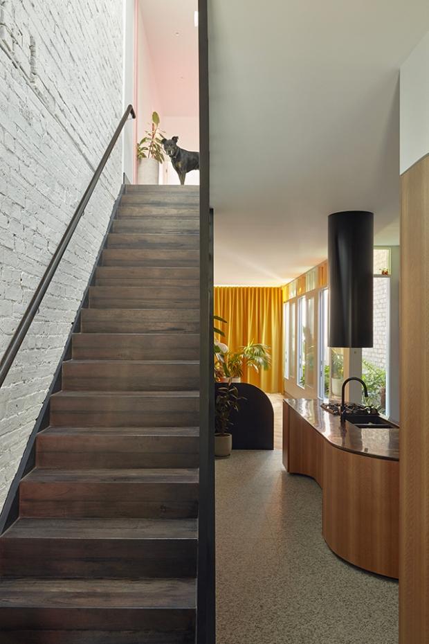 Conseilsdeco-deco-decoration-conseil-architecture-interieur-Rose-Street-Fieldwork-Architects-idees-amenager-maison-etroite-cosy-04