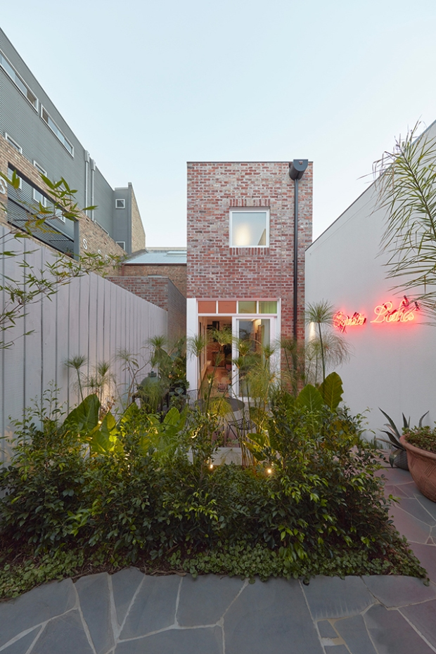 Conseilsdeco-deco-decoration-conseil-architecture-interieur-Rose-Street-Fieldwork-Architects-idees-amenager-maison-etroite-cosy-08