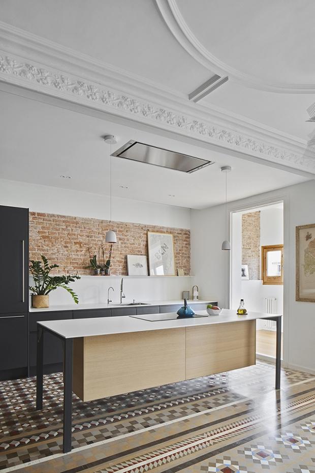 Conseilsdeco-deco-decoration-conseil-architecture-interieur-Barcelone-renovation-appartement-Twobo-Arquitectura-mosaique-Nolla-bois-04
