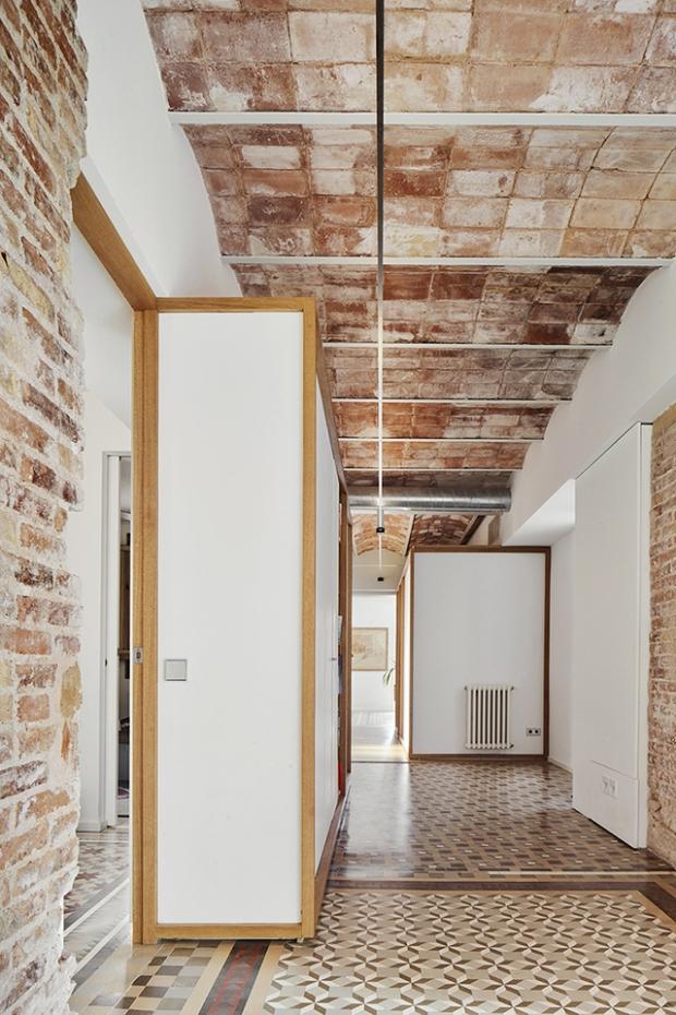 Conseilsdeco-deco-decoration-conseil-architecture-interieur-Barcelone-renovation-appartement-Twobo-Arquitectura-mosaique-Nolla-bois-08