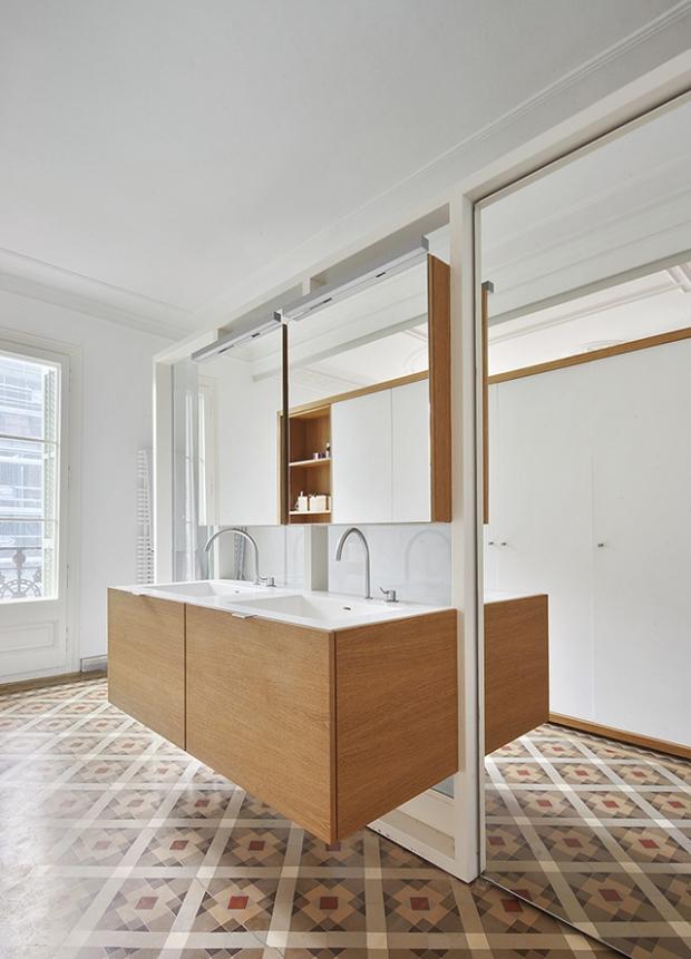 Conseilsdeco-deco-decoration-conseil-architecture-interieur-Barcelone-renovation-appartement-Twobo-Arquitectura-mosaique-Nolla-bois-09